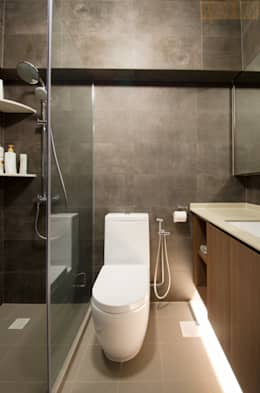 modern Bathroom by Designer House