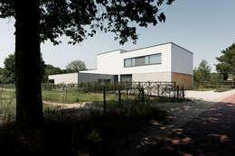 Villa RV :   door Dreessen Willemse Architecten