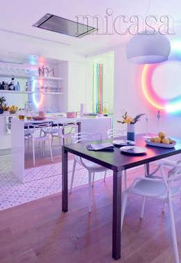 Cocinas de estilo moderno por Dimensi-on