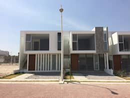 Hogar de estilo  por CCA|arquitectos