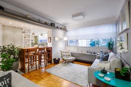 Salas de estilo moderno por Alvorada Arquitetos