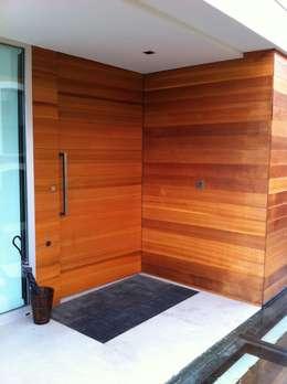 Projekty, nowoczesne Domy zaprojektowane przez A-kotar