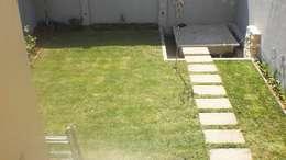 Jardín Menchon: Jardines de estilo moderno por Dhena CONSTRUCCION DE JARDINES