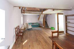 Гостиная в . Автор – Hampshire Design Consultancy Ltd.