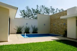modern Garden by ARKOT arquitectura + construcción