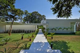 Taman by Lanza Arquitetos