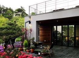 ระเบียง, นอกชาน by 비온후풍경 ㅣ J2H Architects