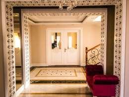 YASEMİN ALTINOK MİMARLIK – F.Ö. Evi: akdeniz tarzı tarz Koridor, Hol & Merdivenler