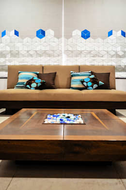 Interior For Mr. Shah: modern Living room by Maulik Vyas Architects