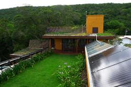Projekty,  Ogród zaprojektowane przez Baixo Impacto Arquitetura Ltda.