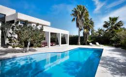 modern Houses by MG&AG.ARQUITECTOS