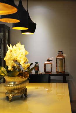modern Dining room by CARDOSO CHOUZA ARQUITETOS