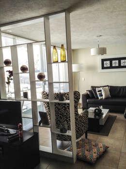Salas / recibidores de estilo moderno por Spazio3Design