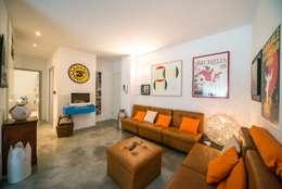 modern Living room by PADIGLIONE B