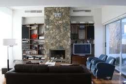 ESTAR 02: Livings de estilo moderno por Poggi Schmit Arquitectura