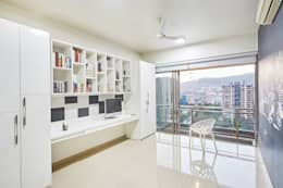 white n black study: modern Study/office by iSTUDIO Architecture