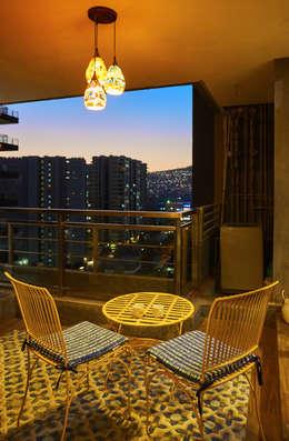 deck area:  Terrace by iSTUDIO Architecture