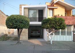 Casa ESQUI: Casas de estilo moderno por Perspectiva Arquitectos México