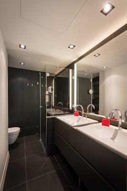 modern Bathroom by Standal