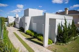 moderne Huizen door Bernacki Arquitetura