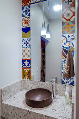Baños de estilo moderno por Daniele Galante Arquitetura