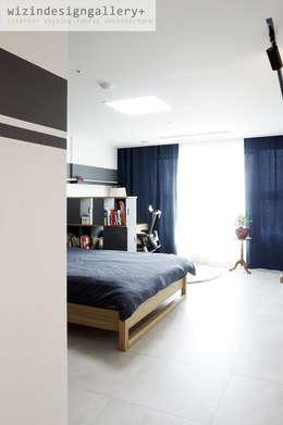 반포 래미안 퍼스티지 81PY: wizingallery의  침실