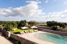 Jardines de estilo mediterráneo por BB Architettura del Paesaggio
