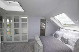 modern Bedroom by The Market Design & Build