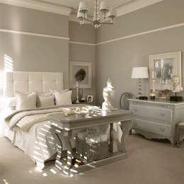 Phòng ngủ by Homemate GmbH