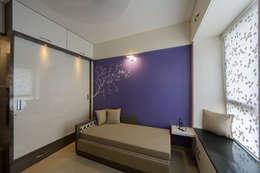 Daughters Room: modern Bedroom by Navmiti Designs