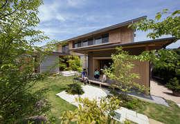 Rumah by AMI ENVIRONMENT DESIGN/アミ環境デザイン