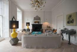 eclectische Woonkamer door Hen & Crask Edinburgh