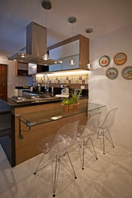 modern Kitchen by  Spelzon Lima Arquitetura e Interiores