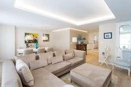 scandinavian Living room by GESTION INTEGRAL DE PROYECTOS DEL NOROESTE S.L.