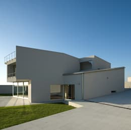 modern Houses by ABPROJECTOS