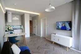 Salas / recibidores de estilo escandinavo por ARTEMA  PRACOWANIA ARCHITEKTURY  WNĘTRZ