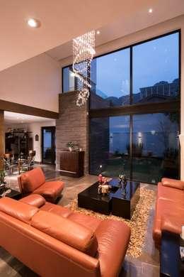 Spa de estilo moderno por URBN