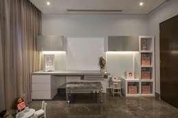 modern Bedroom by URBN