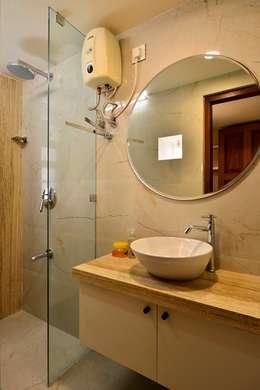 Tiny Home Design: modern Bathroom by Aum Architects