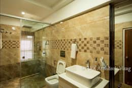 Bath: modern Bathroom by ARK Architects & Interior Designers
