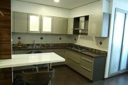 Projekty,  Kuchnia zaprojektowane przez Studio Stimulus