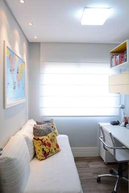 modern Study/office by Expace - espaços e experiências