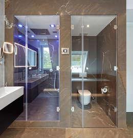 HUBER NATURSTEIN bei Münchenが手掛けた洗面所&風呂&トイレ