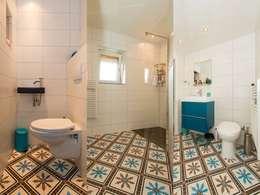classic Bathroom by Articima Zementfliesen