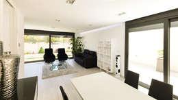 غرفة المعيشة تنفيذ arqubo arquitectos