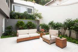 Сады в . Автор – Tato Bittencourt Arquitetos Associados