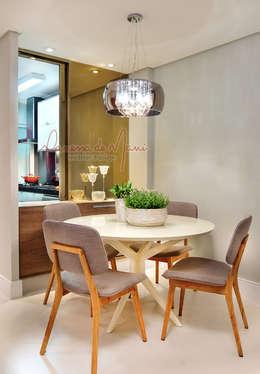 Comedores de estilo moderno por Vanessa De Mani