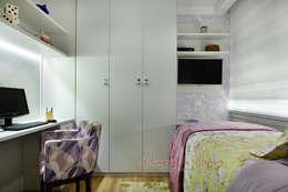 Projekty,  Sypialnia zaprojektowane przez Vanessa De Mani