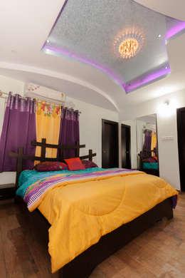 Bedroom design: classic Bedroom by Kriyartive Interior Design