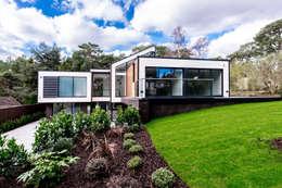 David James Architects & Partners Ltd: modern tarz Evler